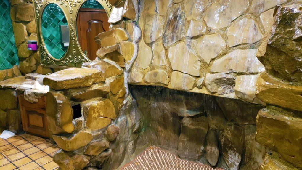 madonna inn mens restroom