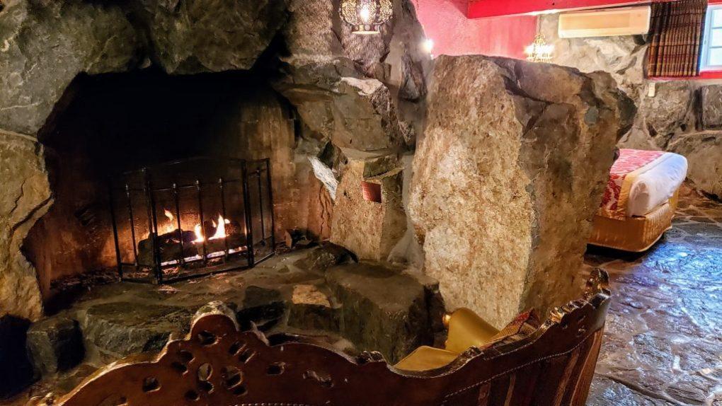 old world fireplace madonna inn