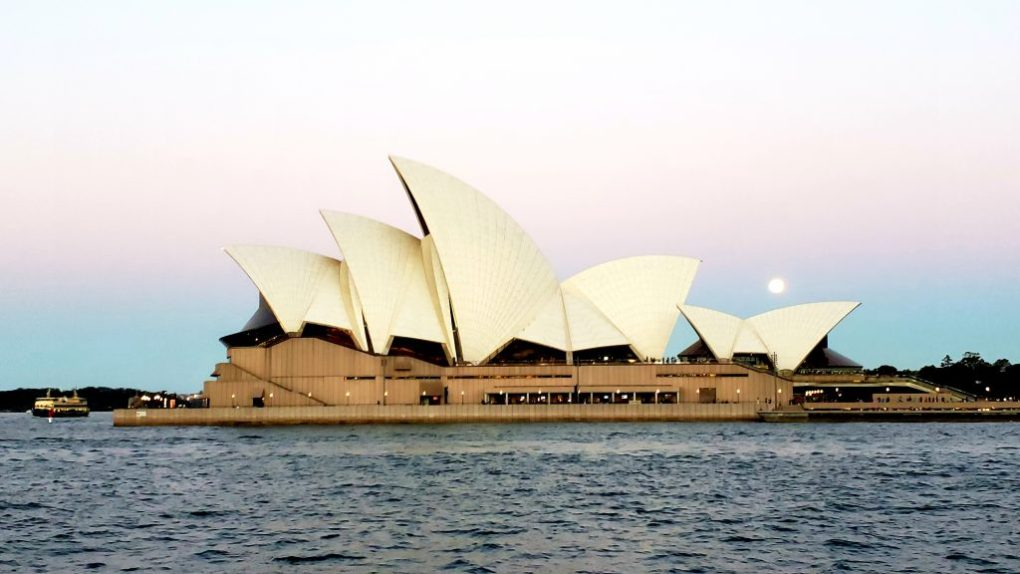 sydney tall ship opera house