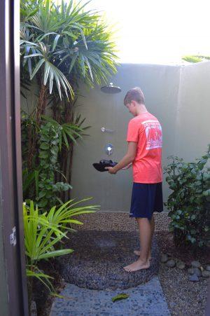 uprising burre outdoor shower